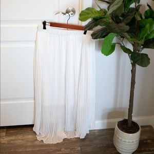 Target Notations White Pleated Maxi Skirt